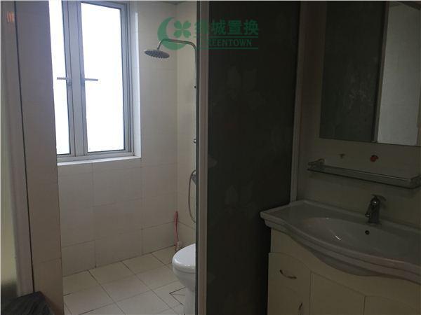 杭州翡翠城出租房卫生间照片,翡翠城东边套小户型,拎包入住!带大露台!