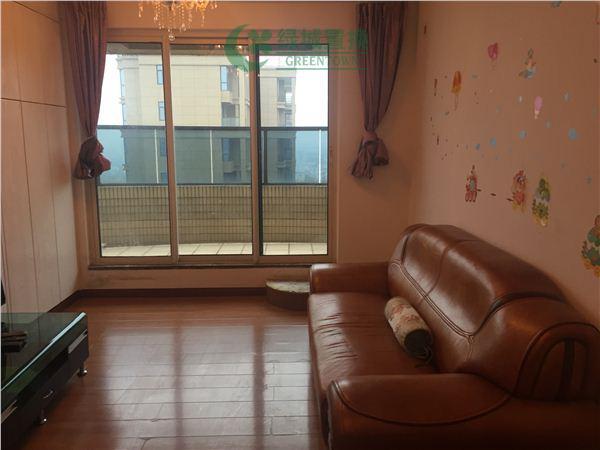 杭州翡翠城出租房客厅照片,翡翠城东边套小户型,拎包入住!带大露台!