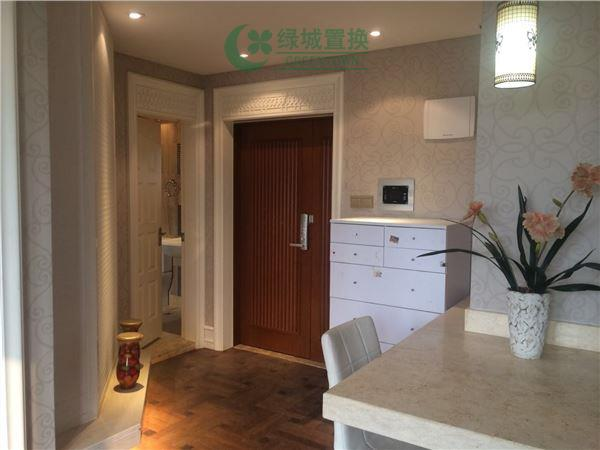 杭州梧桐公寓出租房玄关照片,精装,朝西。租客比较急着转。
