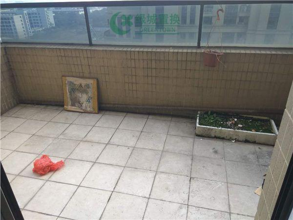 杭州翡翠城梅苑出租房露台照片,可办公,无家具家电