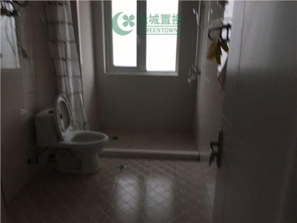 杭州西溪山庄出租房卫生间照片,桃源小镇大四房,家具家电配齐,拎包入住