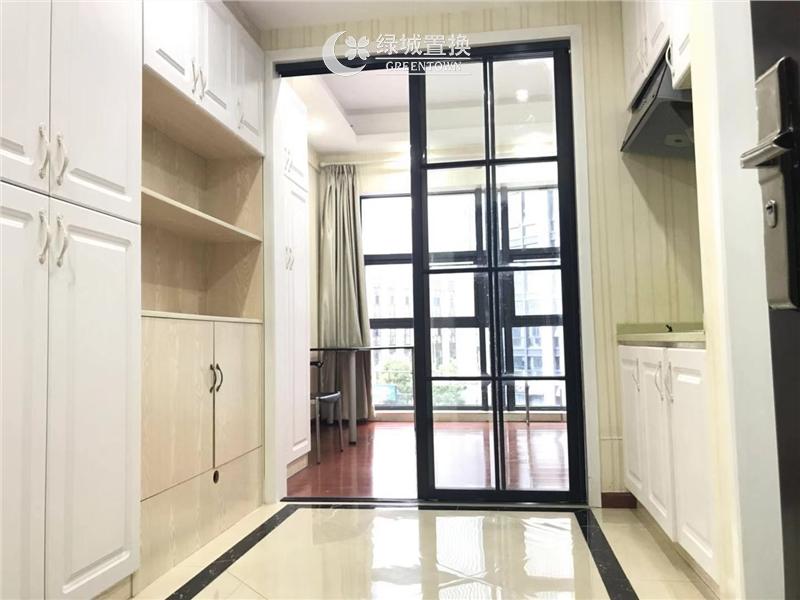 杭州新远金座出租房客厅照片,