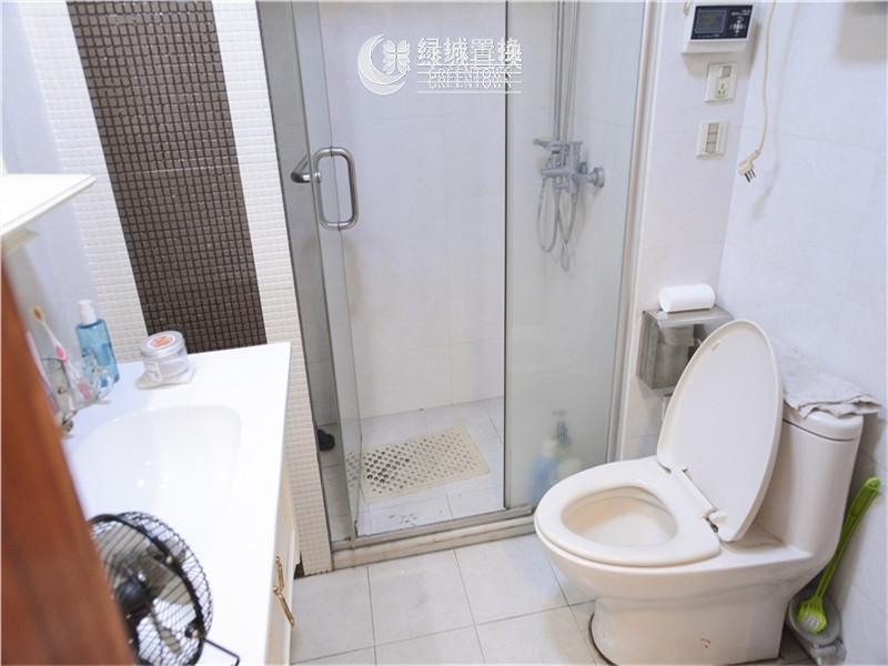 杭州闲林山水出租房卫生间照片,