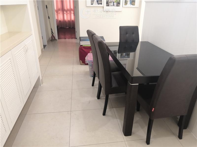 杭州翡翠湾出租房厨房照片,婚房装修,首次出租,拎包入住