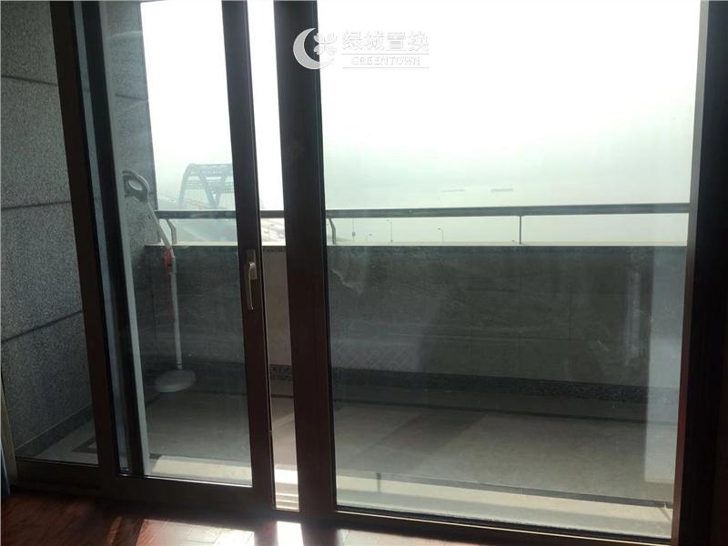 杭州海运国际出租房阳台照片,