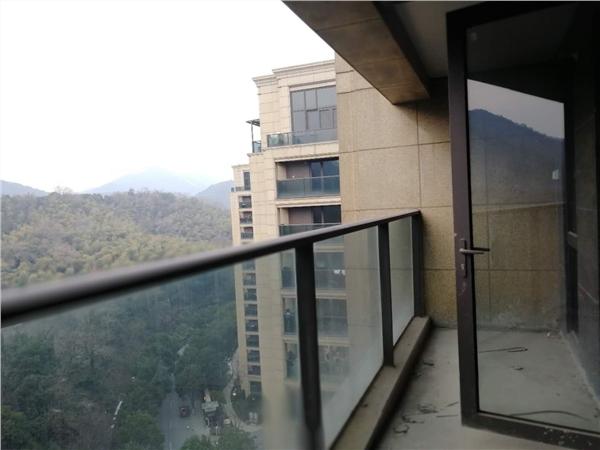 杭州田园牧歌麓云苑出租房阳台照片,性价比高