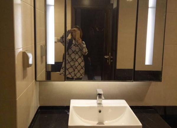 杭州万通中心出租房卫生间照片,