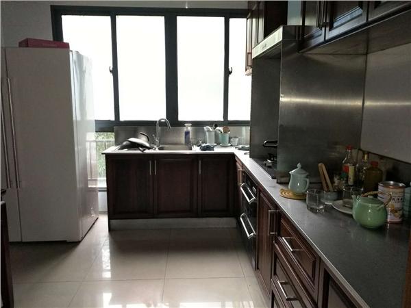 杭州云溪蝶谷别墅出租房厨房照片,