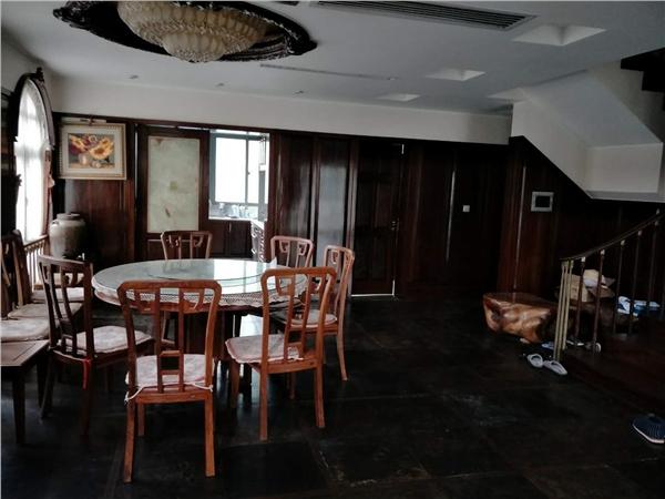 杭州云溪蝶谷别墅出租房餐厅照片,