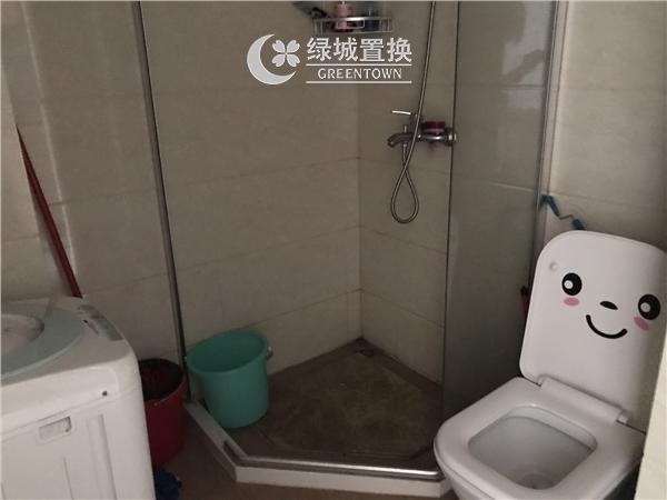 杭州出租房卫生间照片,临平商圈.德雅金座
