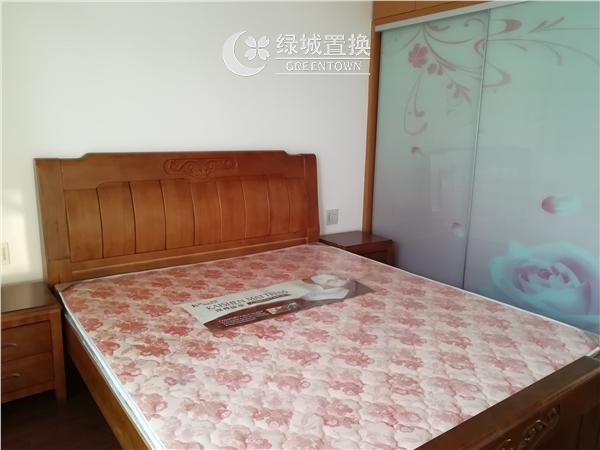 杭州出租房房间照片,易居时代简装全配出租2300/月