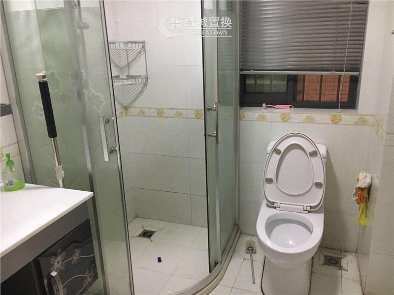 杭州瑞金华庭出租房卫生间照片,
