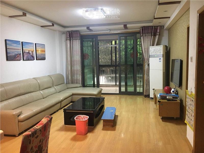 杭州瑞金华庭出租房客厅照片,