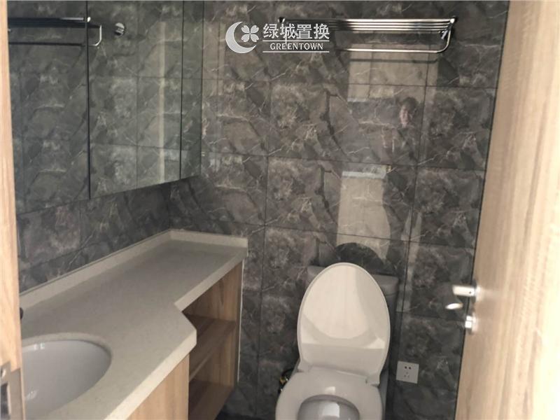 杭州三立钱塘ONE出租房卫生间照片,