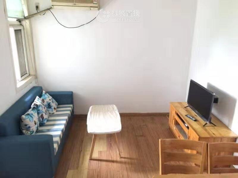 杭州出租房客厅照片,