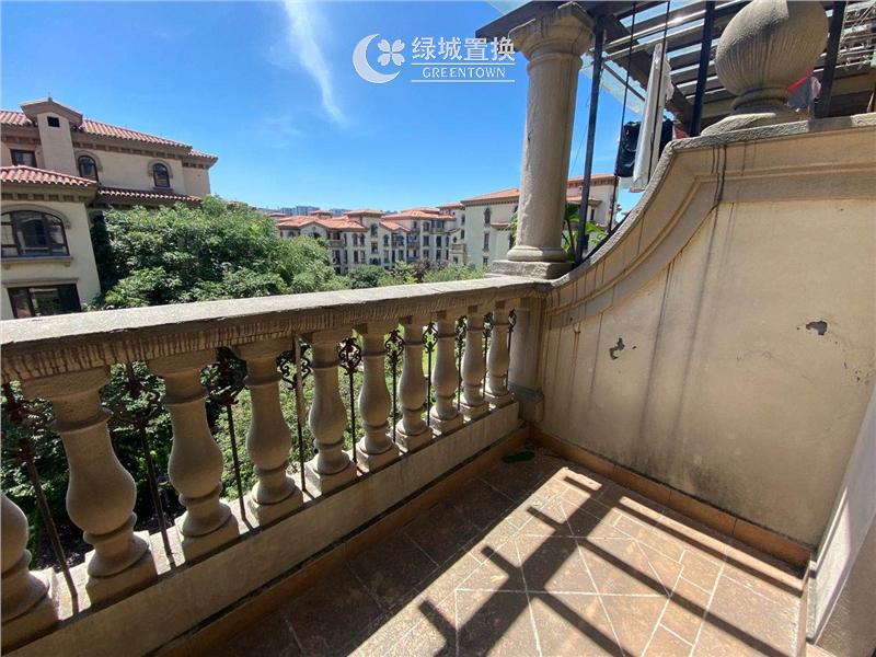 杭州蓝庭花园出租房阳台照片,