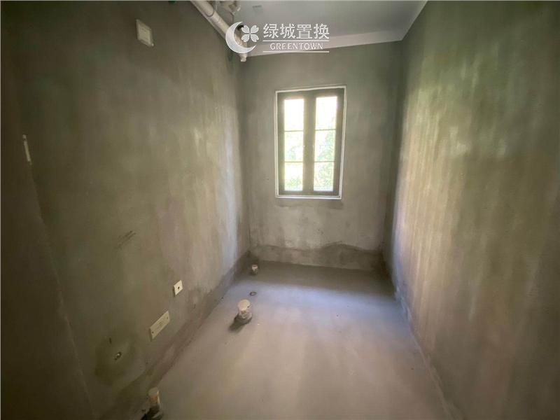 杭州蓝庭花园出租房卫生间照片,