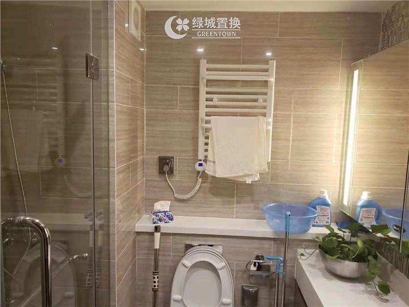 杭州世茂智慧之门出租房卫生间照片,