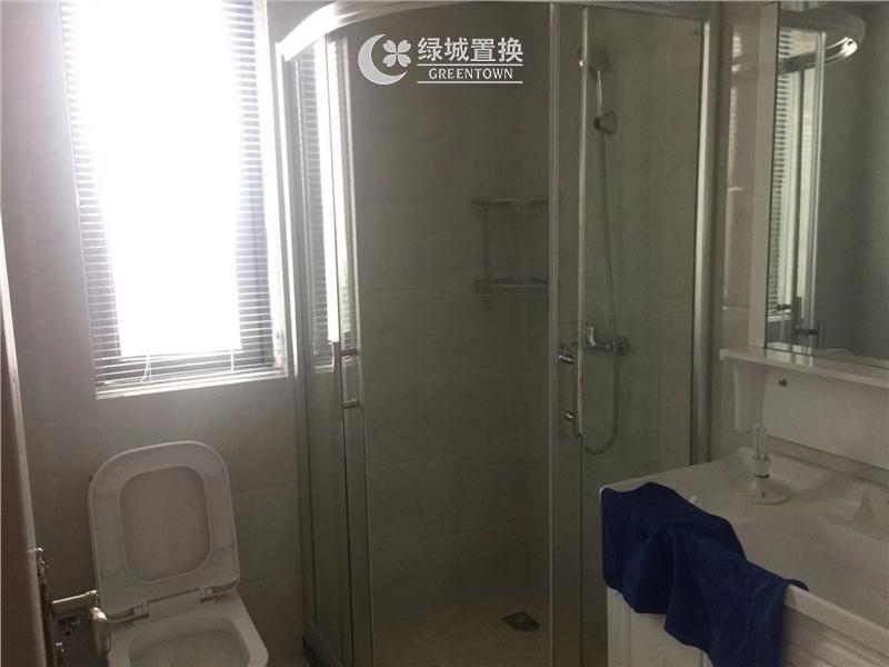 杭州钱江御府出租房卫生间照片,
