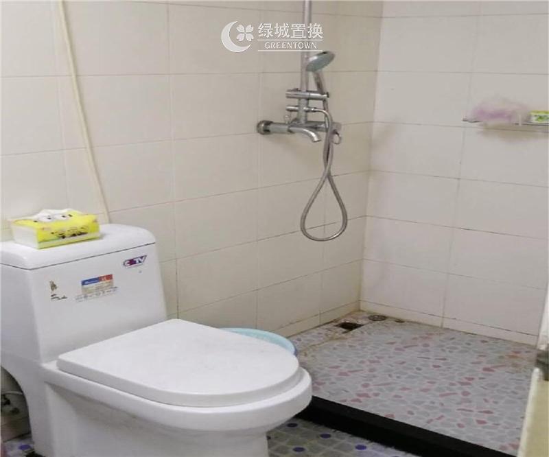 宁波南裕二期出租房卫生间照片,