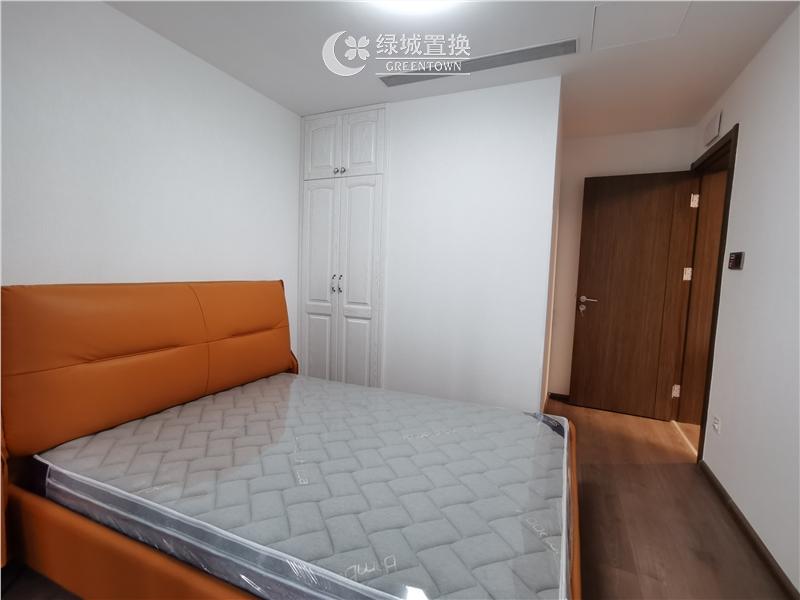 杭州出租房房间照片,看房方便,中间位置,自住配置家具家电